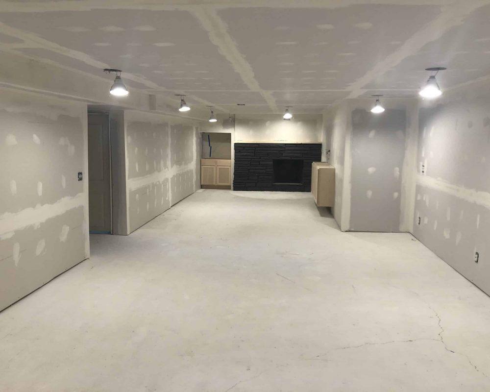 bare-concrete-basement